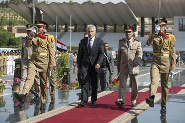 Chuck Hagel Abdul Fattah al-Sisi U.S. Defense Secretary Hagel Makes First Trip To Mideast. Source: Getty Images.