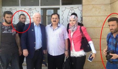 john_mccain_with_isis_chief_abu_bakr_al-baghdadi_n_terrorist_muahmmad_noor
